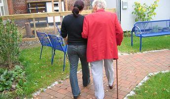 Servicestelle Ältere Menschen